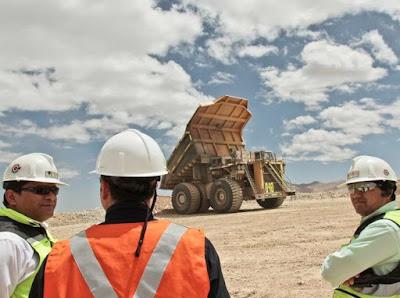 Trabajadores de Chuquicamata se quedaron sin bono extra por un alza de 9,2 centavos del C1
