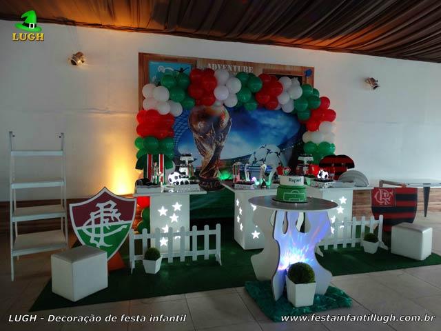 Decoração de mesa para aniversário infantil com o tema Futebol - Festa decorada na Barra da Tijuca , Rio de Janeiro(RJ)