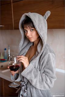淘气的女士 - Sexy Girl - cali - nude 9824