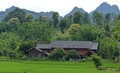 4 Rumah Adat Terbaik di Indonesia