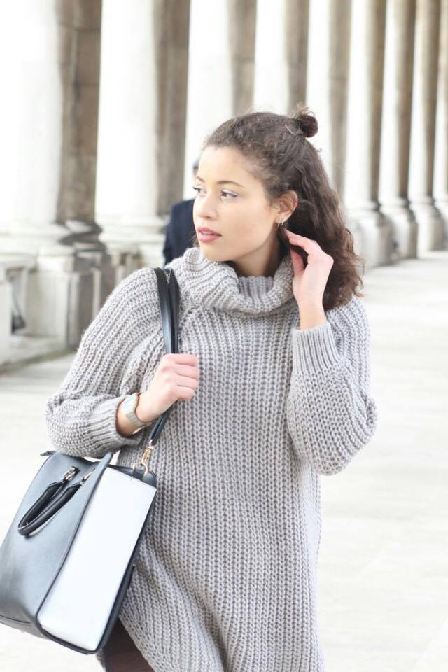 Image of Eboni wearing a grey jumper from Missy Empire