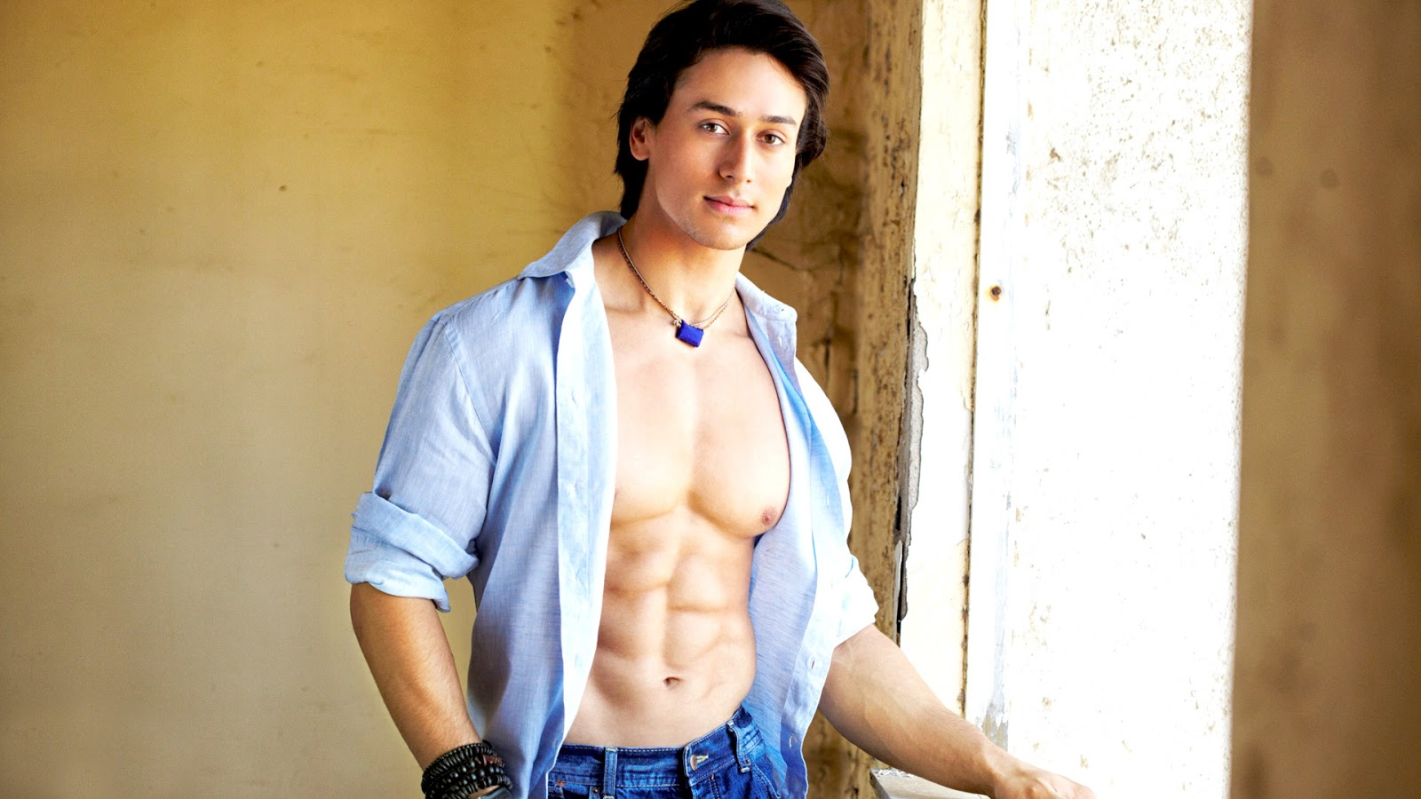 List of Upcoming Movies of Tiger SHroff in 2016-2017 Wiki, Tiger Shroff Latest & New With Release Dates, Actor, Actress name