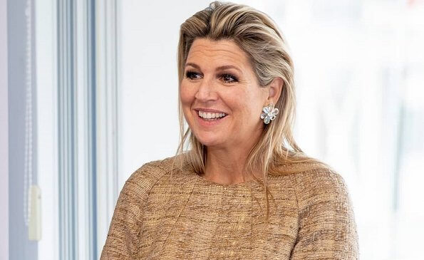 MBO is the Dutch term for secondary vocational education. Queen Maxima wore a wool tweed top from Natan Fall Winter 2013 collection