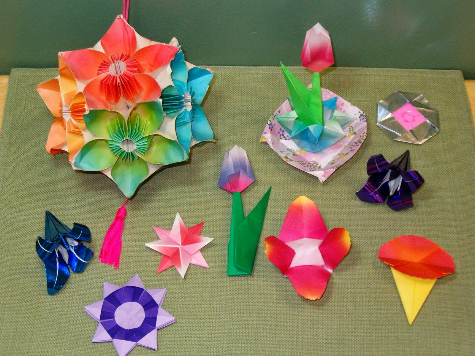 easy to make origami flowers ~ origami flower easy - photo#48