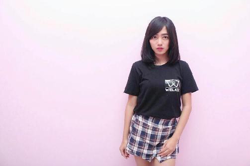 Fakta Dena Siti Rohyati Member JKT48 Harus Anda Ketahui [Artis Indonesia Hot]