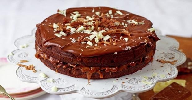 Chocolate & Salted Caramel Cake Recipe