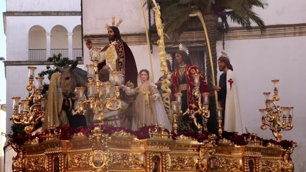 La Borriquita de Jerez y la B.C.T. Cautivo de Málaga separan sus caminos