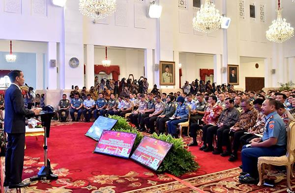 "Dapat Tugas Baru dari Presiden, TNI-Polri Disuruh Jadi ""Jubir"" Pemerintah"