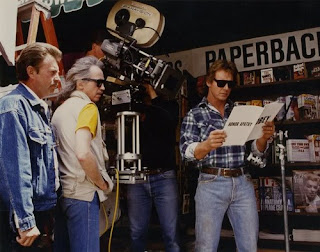 Carpenter con Roddy Piper durante el rodaje de Están vivos