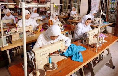 tempat pesan seragam kaos, kemeja, pdh, jilbab, gamis, baju anak