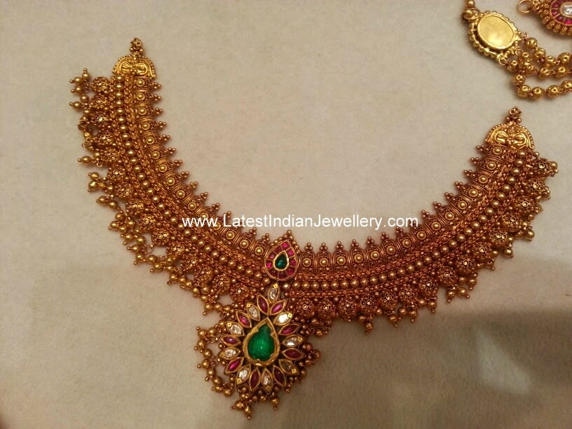 broad antique gold bridal necklace