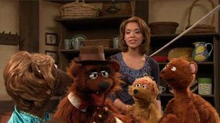 Gabi, Baby Bear, Curly Bear, Mama Bear, Papa Bear, Sesame Street Episode 4416 Baby Bear's New Sitter season 44