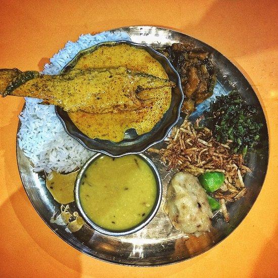 Bengali lunch in kolkata