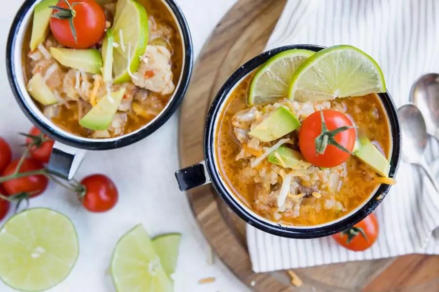 3-KetoFocus' Spicy Keto Chicken and Cauliflower Rice Bowls