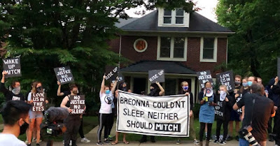 """""""No Justice, No Sleep"""" Protesters gather outside Mitch McConnell's Kentucky home"""