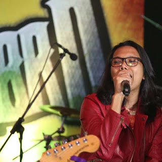 Lirik Lagu Selamatkan Aku - Aweera, Fiq & Aepul Roza