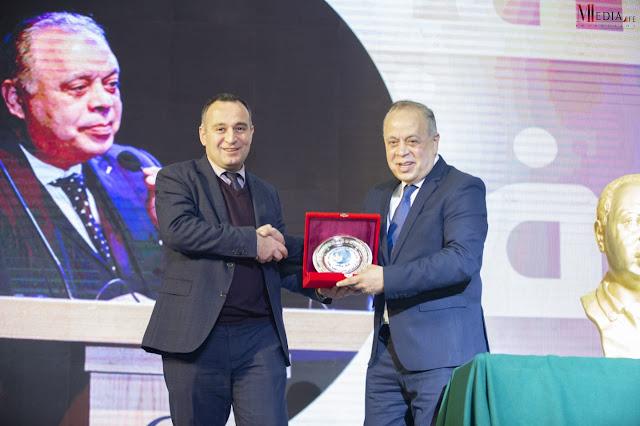 المركز الروسى يكرم سفير الفن د اشرف زكي