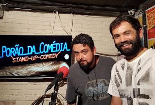 Projeto de comédia stand up conquista espaço em bar na Lapa, com shows descontraídos, comandados por artistas de talento