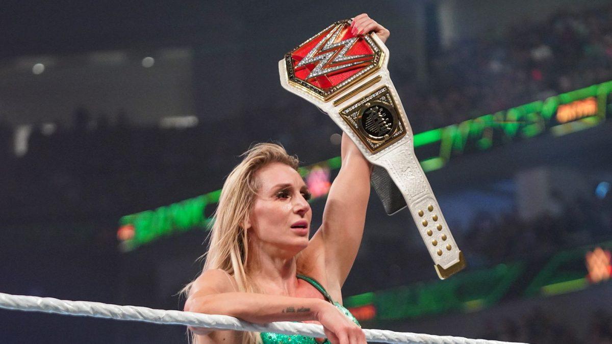 Possível motivo para a curta duração do reinado de Charlotte Flair como RAW Women's Champion