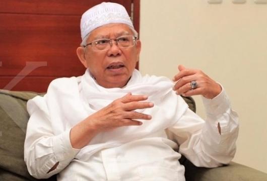 Kiai Ma'ruf Amin Ajak Santri Lawan Isu Jokowi PKI