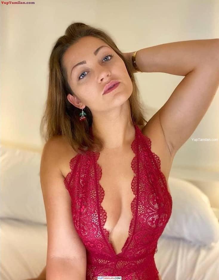 Dani Daniels sexy Lingerie Images, Butt show