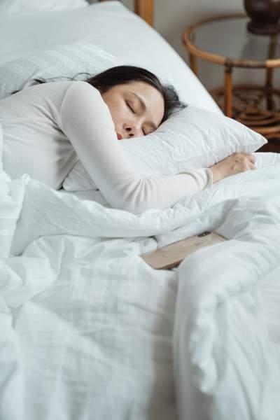 सोने का सही तरीका - Right Way To Sleep In Hindi