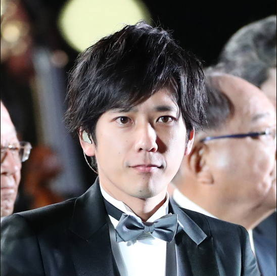 Member Grup Arashi Kazunari Ninomiya Mengumumkan Pernikahan
