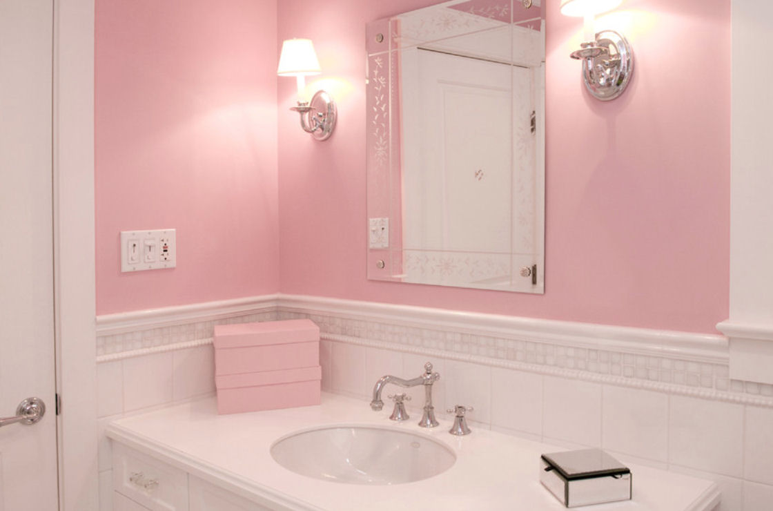 Pink Bathrooms & Powder Rooms
