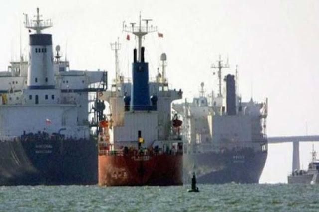 Primeiro petroleiro iraniano chega à Venezuela, sob olhar atento dos EUA