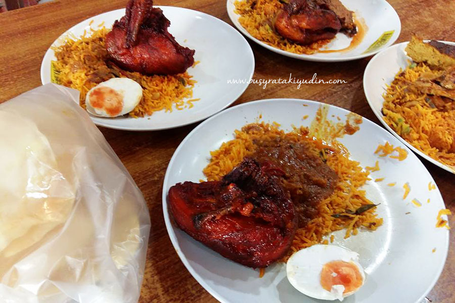 nasi beriani, restoran hameediyah, nasi beriani sedap, telur masin, kuah campur, nasi beriani hameediyah, restoran penang, george town,