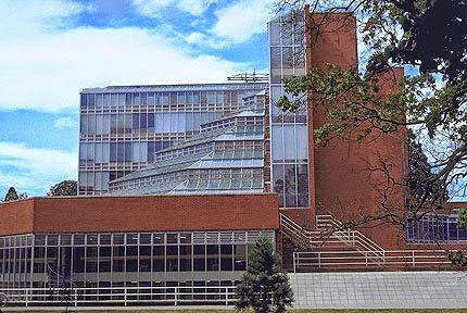 Facultad de Historia de Cambridge. James Stirling
