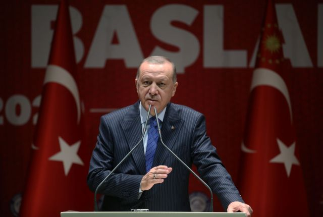 Ερντογάν προς την Ευρώπη: Πάρτε τους πρόσφυγες και σας δίνουμε 100 εκατ. ευρώ