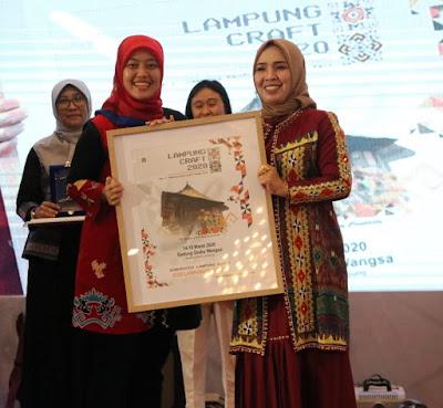 Wakil Gubernur Lampung menutup secara resmi Pameran Lampung Craft 2020