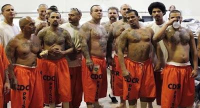 Pandilleros en prisión de la Mafia Mexicana de Los Ángeles