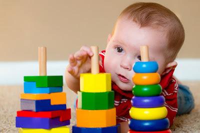 كيفية تنمية مهارات الذكاء عند الأطفال الرضع