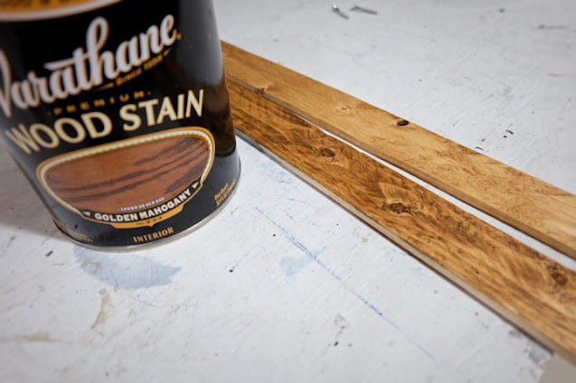 wood stain golden mahogany test strips