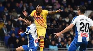 برشلونة يتصدر الدوري الاسباني من جديد رغم التعادل في الدربي امام اسبانيول