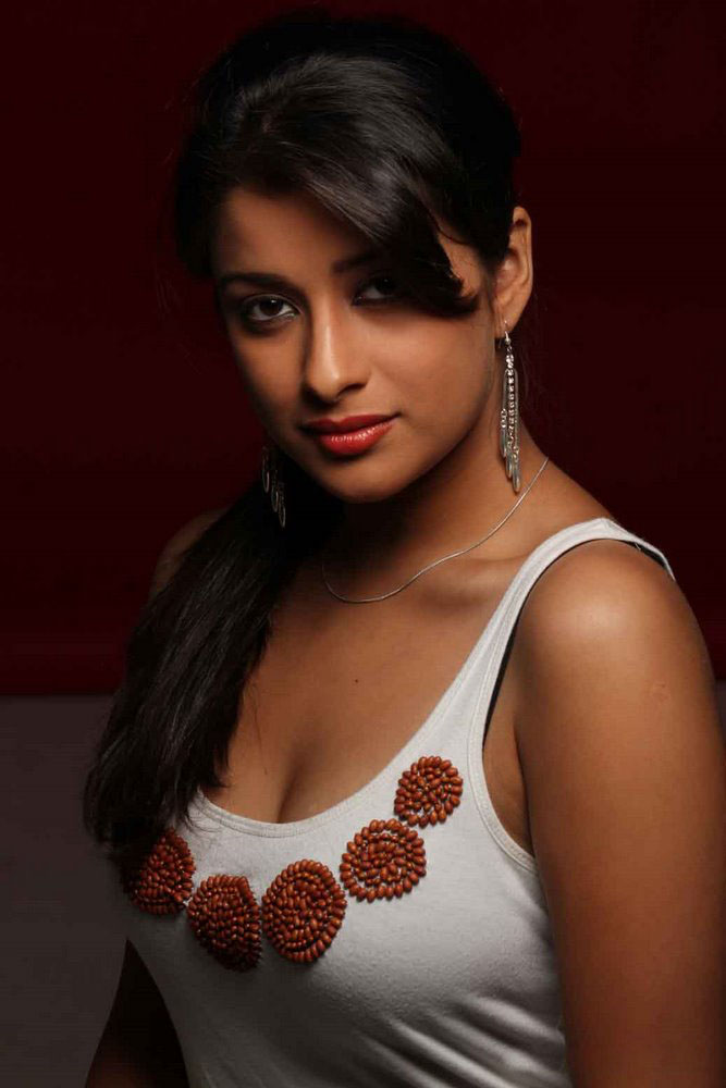 Tollywood Actress Madhurima Hot And Spicy Pictures