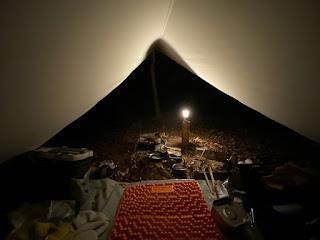ソロキャンプ LEDランタン