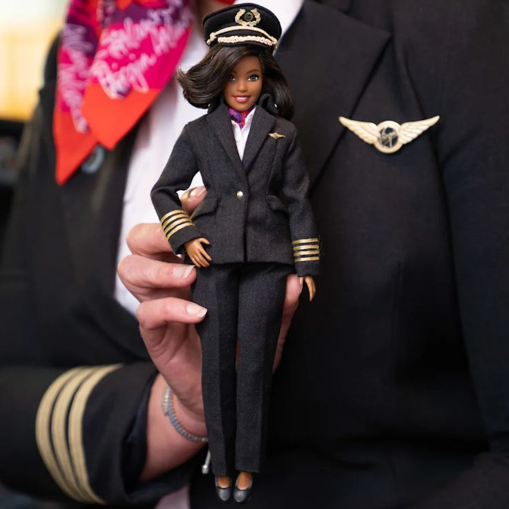 Кукла пилот Barbie Pilot Virgin Atlantic