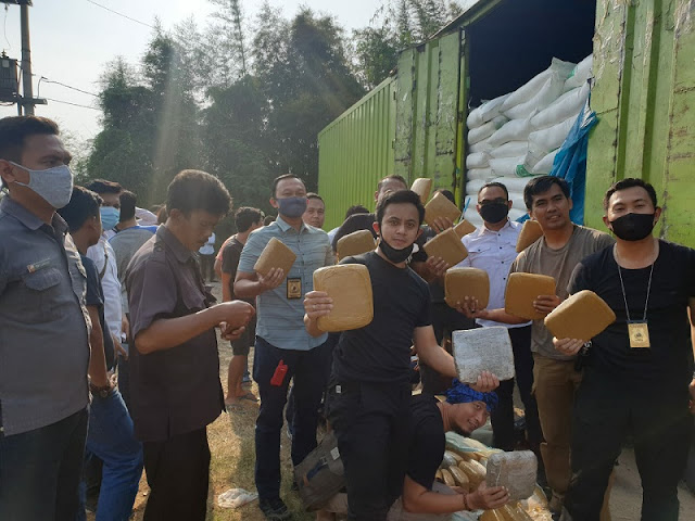 Lagi, Polda Banten Gagalkan Penyelundupan 150 Kg Ganja