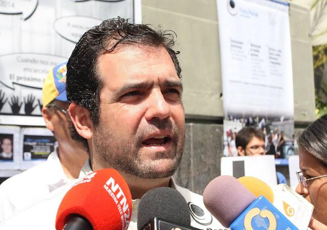 """Alfredo Romero: """"No es cierto que hubo expulsión de varios miembros de FPV"""""""