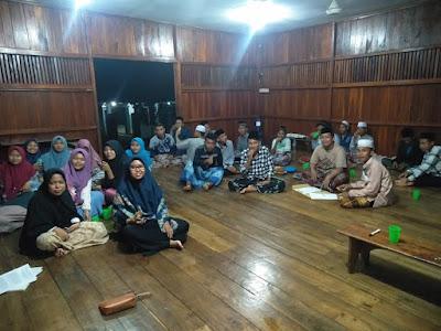 Ngumpul Santuy Bareng Pemuda-pemudi Masjid Baitul Mukminin Daun Laut