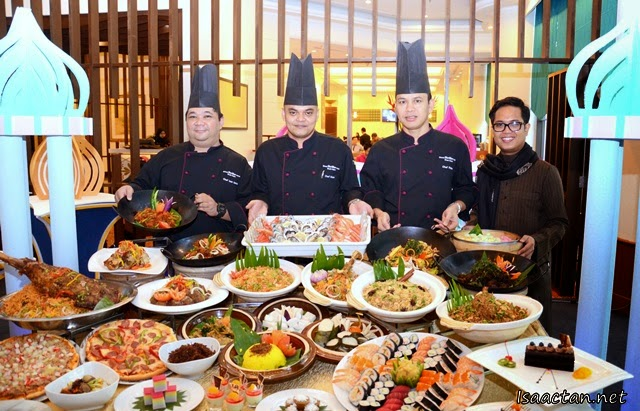 A shot with the chefs and the Ramadhan spread