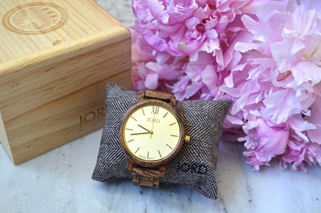 http://www.woodwatches.com/#lovehaightblog