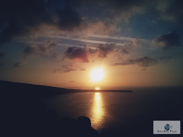 a typical santorini sunset on a beautiful day