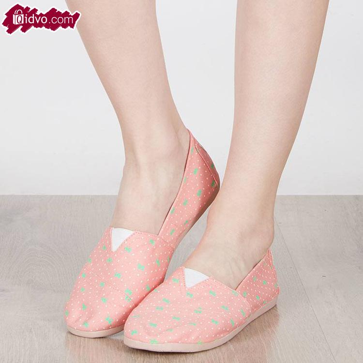 Sepatu Flat Wanita Polka Pita - Merah Muda