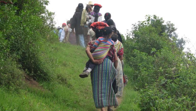 Piden a Corte IDH investigar desaparición forzada de campesinos en Colombia