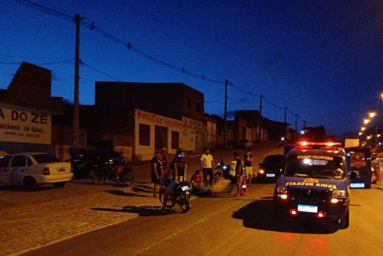 Homem desce de moto para pegar boné que caiu e é atropelado em Conceição do Coité