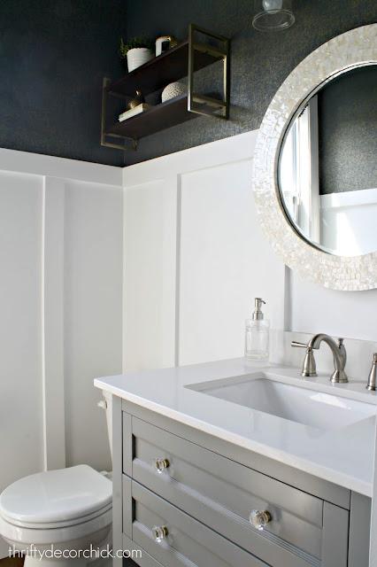 Navy gold wallpaper bathroom